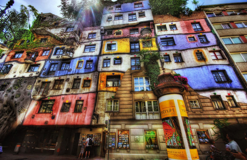 Hundertwasserhaus un espectacular bloque residencial en Viena Autria