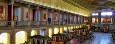 interior museo carruajes imperiales
